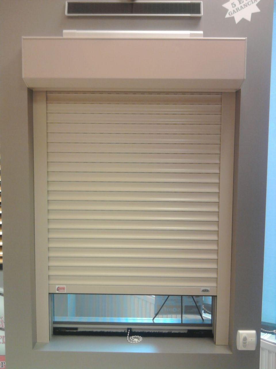 120x120 cm ANTE PLUSZ KOMBI alumínium előtét redőny, szúnyoghálóval, alumínium lefutó sínnel, alumínium lamellával fehér színben