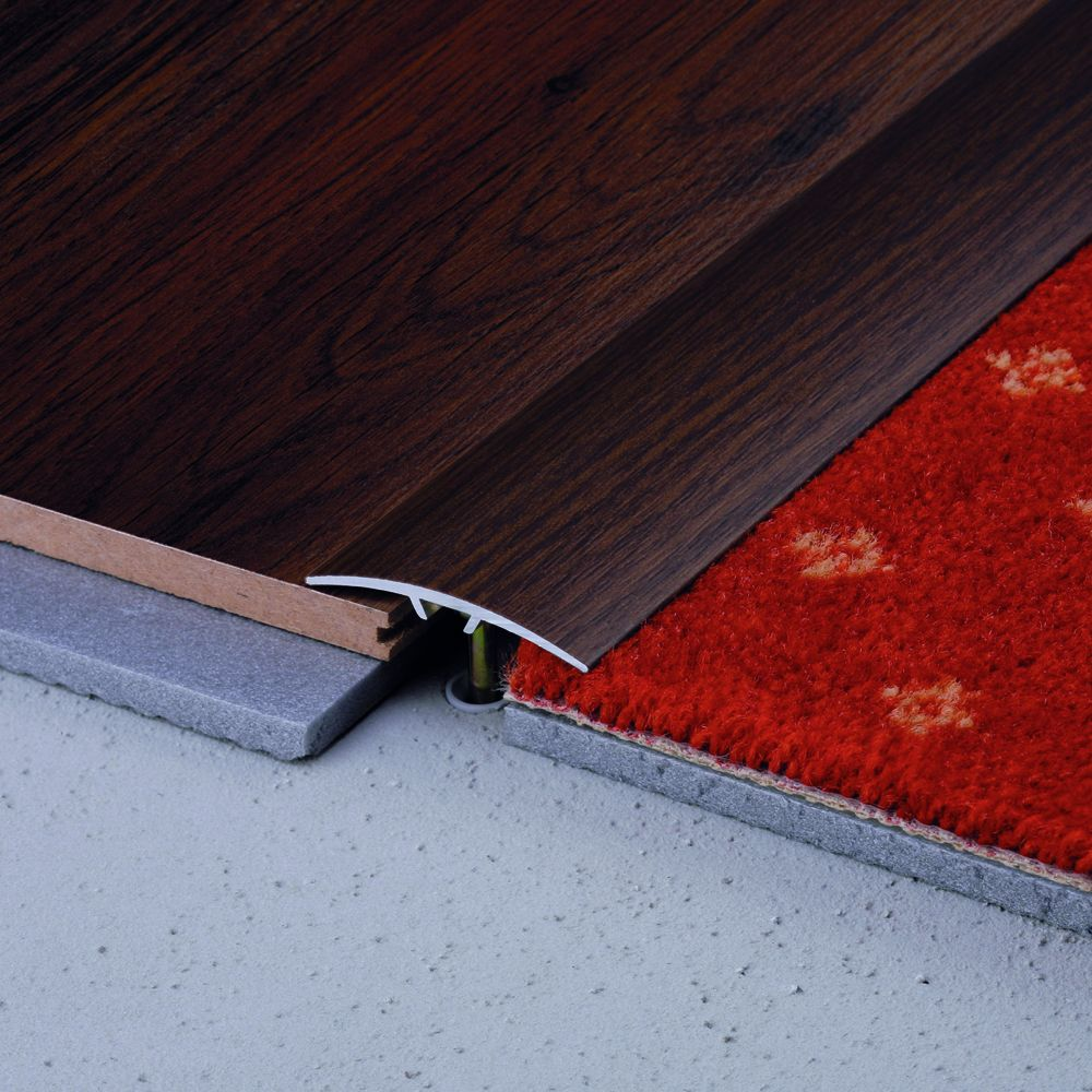 SALAG STRATUS 40 mm burkolatváltó profil hossz:2,73 m öntapadós eloxált ezüst
