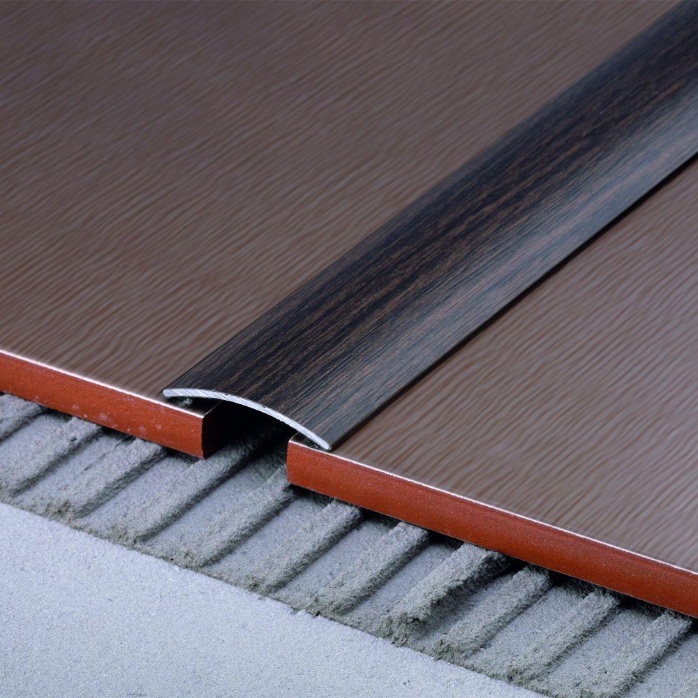 SALAG STRATUS 32 mm roppantós burkolatváltó profil hossz:2,70 m öntapadós eloxált arany